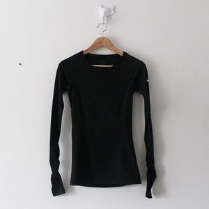 NIKE Dri-Fit Fitted Stretch Workout Shirt Top
